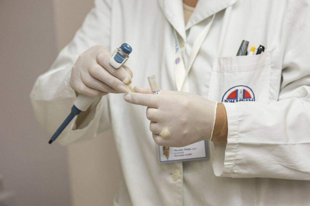 biopsja wątroby a fibroscan
